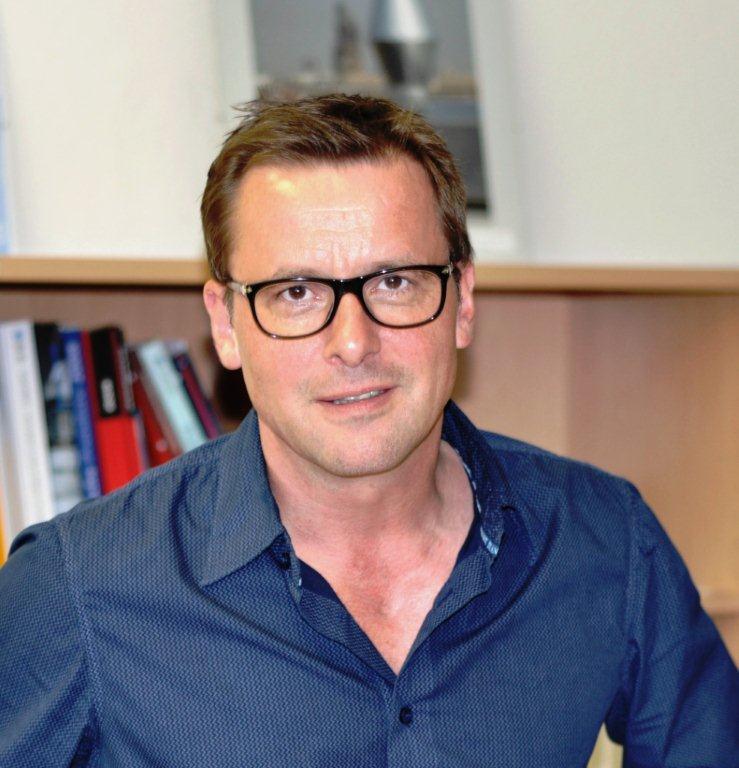 Dirk Koesling